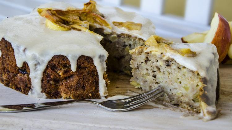 Veganer Apfel-Karamell-Kuchen