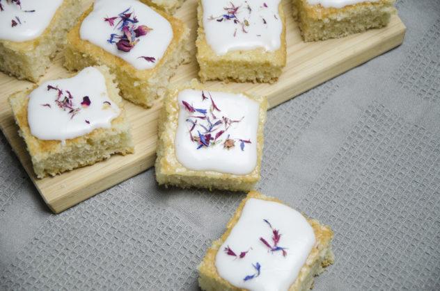 Veganer Zitronenkuchen - erfrischend im Sommer